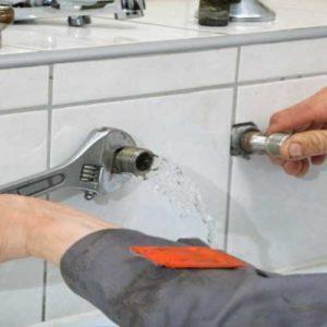 fuite-eau-baignoire-plombier paris